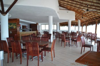 Buenaventura Grand Hotel and Spa - oceanview restaurant