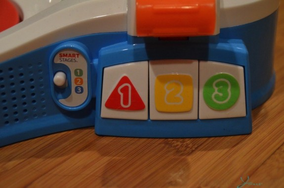 Fisher-Price Puppy's Smart Stages Speedway - smart stages buttons