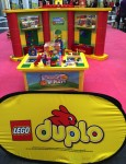 Magic of Play Lego Duplo Mall Booth