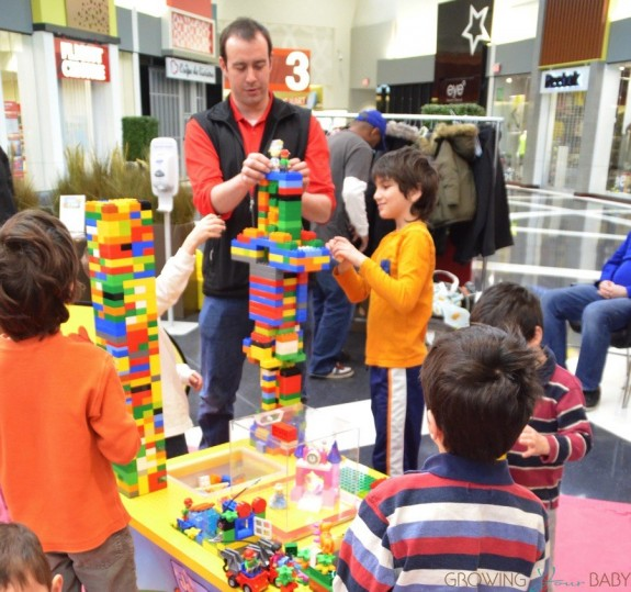 Magic of Play Lego Duplo Mall Booth - building with the kids