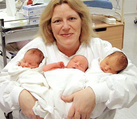 carole+horlock+with+twins