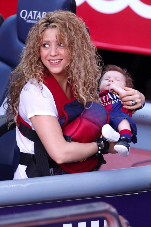 Shakira with son Sasha at FC Barcelona vs Valencia CF game in Barcelona