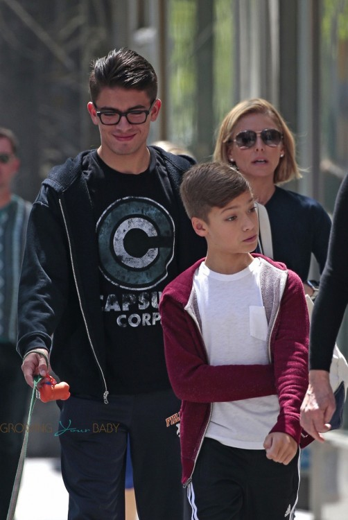 Kelly Ripa with sons Michael & Joaquin Consuelos out in NYC