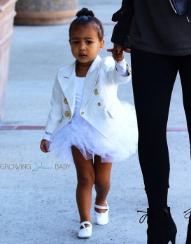 Kim Kardashian takes daughter North to ballet class