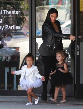 Kim Kardashian with daughter North and Niece Penelope at dance class