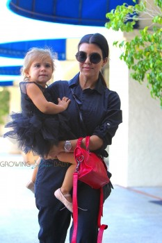 Kourtney Kardashian takes daughter Penelope to dance class