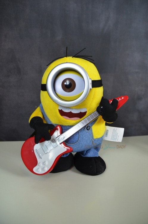 Minion Review! Rock 'N Roll Stuart