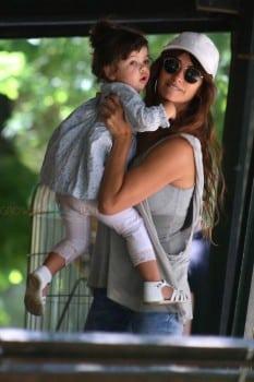 Penelope Cruz with daughter Luna Bardem