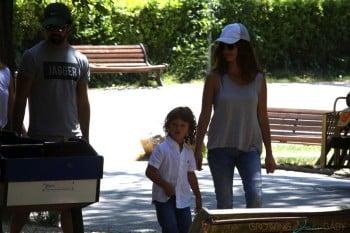Penelope Cruz with kids Leo & Luna Bardem in Italy