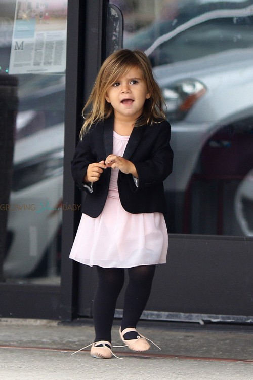 Penelope Disick at dance class with cousin North