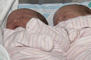Record Breaking Twins Born In Alabama