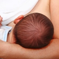 Study: Breastfeeding Protects Babies from Environmental Pollution