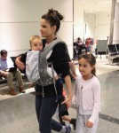 Amanda Peet travels with kids Molly, Frances & Henry Benioff