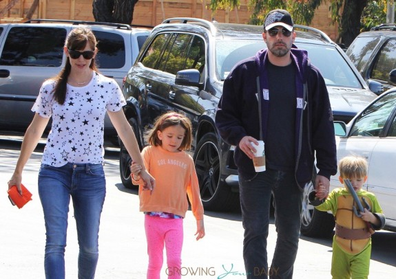 Ben Affleck and Jennifer Garner with kids Samuel and Seraphina at the Farmer's Market