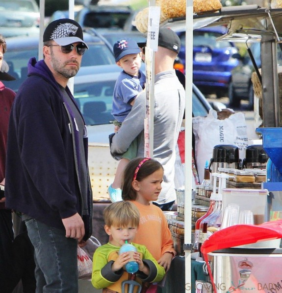 Ben Affleck at the Farmer's Market with kids Samuel and Seraphina