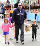 Ben Affleck at the market with kids Sam, Seraphina & violet