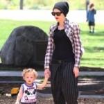 Gwen & Gavin Play Hit The Park With Their Kids