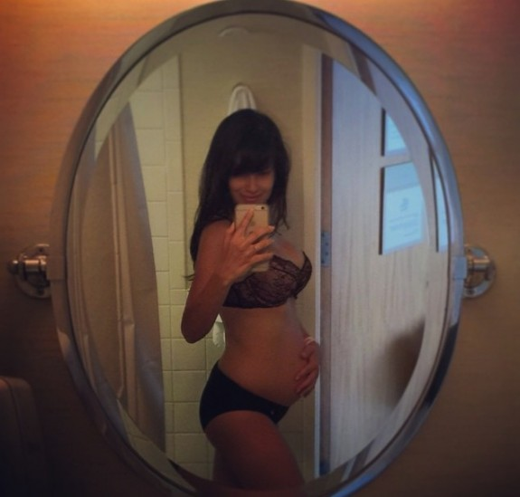 hilaria baldwin shows off her post baby belly
