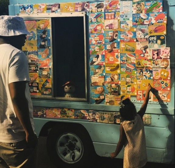 Jay z granbs Ice Cream with daughter Blue Ivy