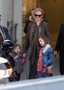 Nicole Kidman and Daughters Sunday Rose and Faith Arrive In Sydney
