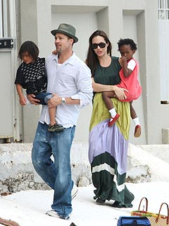 angelina,+brad+pax+and+zahara