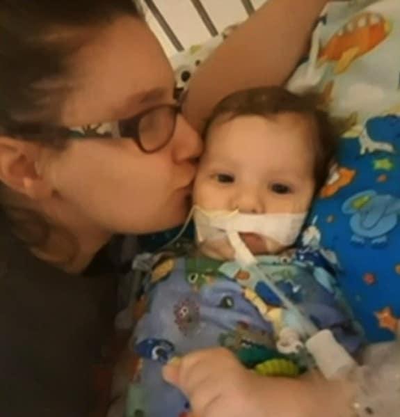 Baby struck with Botulism - Benjamin Shell