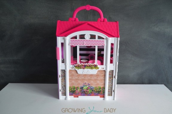 Barbie's GLAM Getaway House - folded