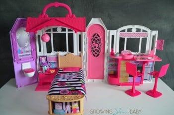 Barbie's GLAM Getaway House - open