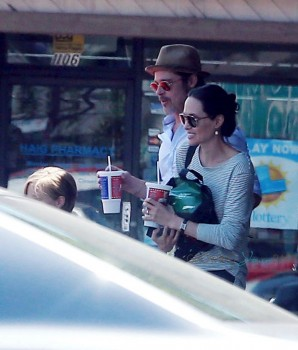 Brad and Angelina leave Subway after a trip to Toys R Us