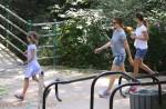 Jennifer Garner at the park with daughter Violet Affleck