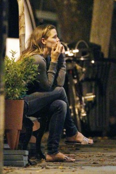 Jennifer Garner seen all alone in tears as she talks on phone outside the 'La Tavola' Restaurant after a long day of filming ìMiracles from Heavenî in Atlanta