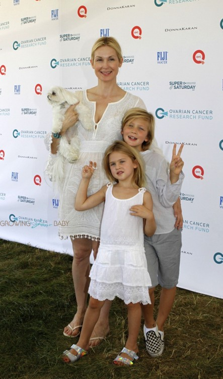 Kelly Rutherford at Super Saturday with kids Helena and Hermes Giersch
