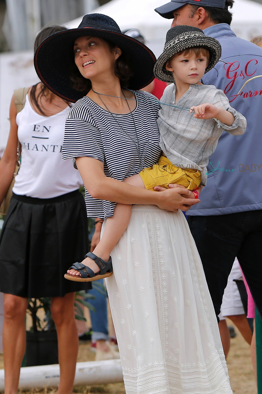 Marion Cotillard And Her Son Marcel Cheer For Her Husband