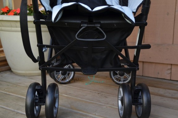 Summer Infant 3DFlip Convenience Stroller - back of stroller
