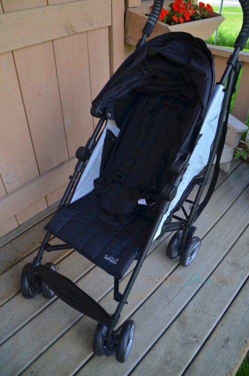 Summer Infant 3DFlip Convenience Stroller - forward facing