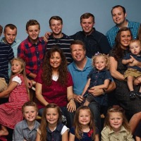 TLC Cancels Duggar Family Reality Show '19 Kids & Counting'