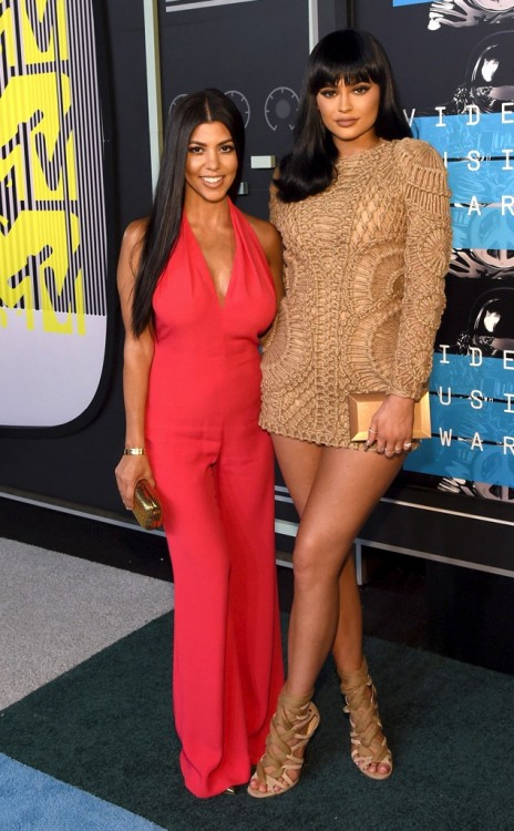 Kourtney Kardashian with sister Kylie at 2915 MTV video awards