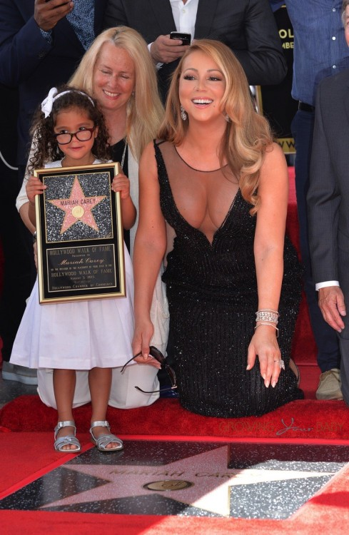 Monroe Cannon at her mom Mariah Carey's Hollywood Walk of Fame Ceremony