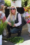 Tori Spelling at the market