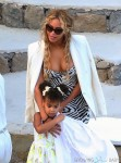 Beyonce and Blue Ivy vacation in the Southern Italy