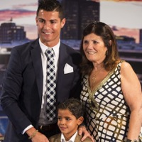 Cristiano Ronaldo Celebrates His Leading Goal Scorer Award With His Family!
