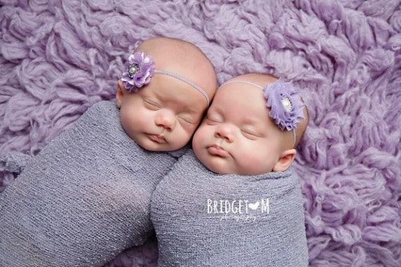 Identical twins Kenedi and Kendal Breyfogle