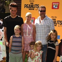 Celebrity Families Attend The Peanuts Movie Premiere in LA!