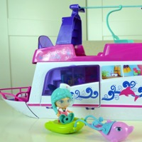 Featured Review ~ VTECH Flipsies Sandy's House & Ocean Cruiser