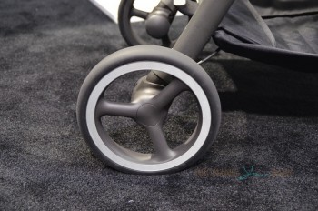 GB Maris Stroller - wheels