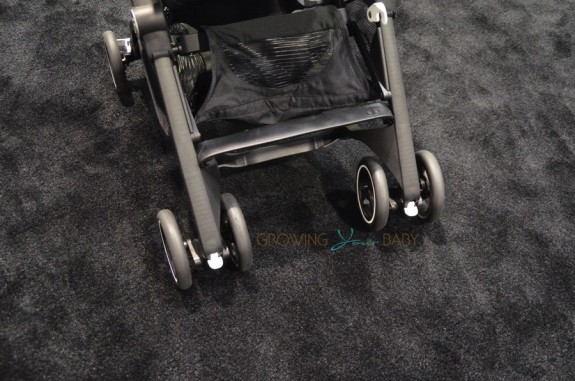 GB Pockit Stroller - front wheels
