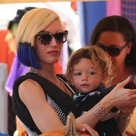 Gwen Stefani & Her Boys Pick Pumpkins in LA