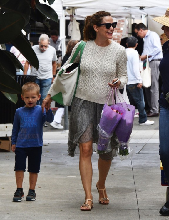Jennifer Garner at the market with her son Sam