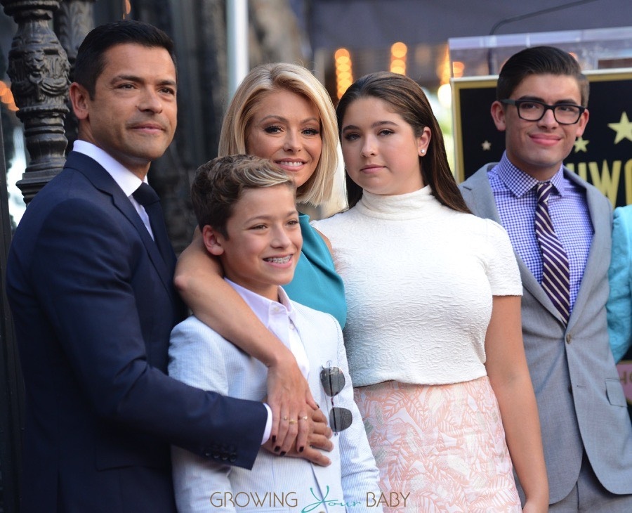 Mark Consuelos Kids Mark Consuelos Daughte...