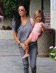 Kourtney Kardashian at ballet class with daughter Penelope Disick